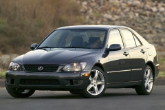 Lexus-IS300-035